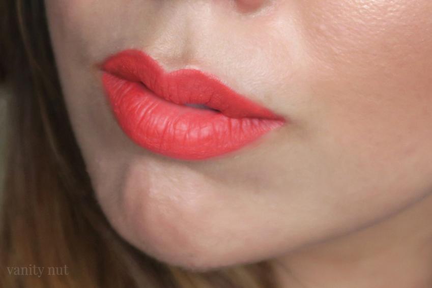 look_make_up_maquillaje_iluminador_bronzeador_verano_orange_lips